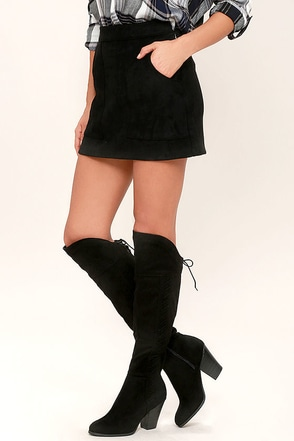 Margaery Black Suede Knee High Boots at Lulus.com!