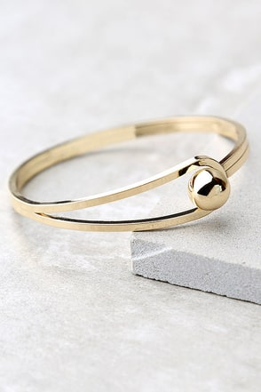 Feel the Connection Gold Bracelet at Lulus.com!