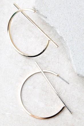 Head Start Gold Hoop Earrings at Lulus.com!