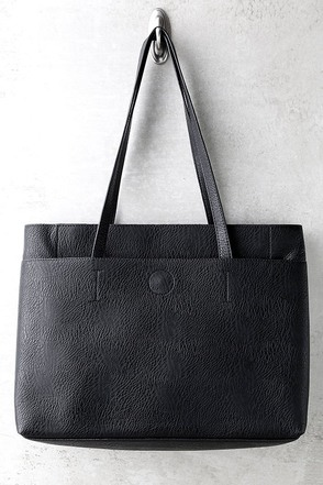 Can't Slow Down Navy Blue Tote at Lulus.com!