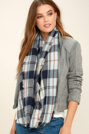 The Tide is Turning Navy Blue Plaid Infinity Scarf at Lulus.com!
