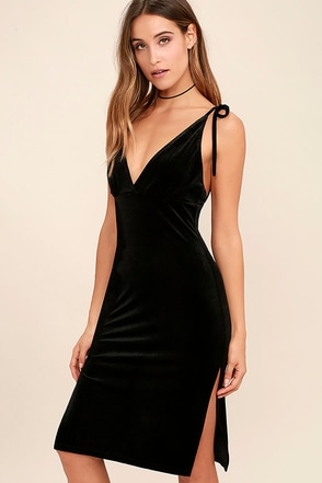 Run the Night Black Velvet Bodycon Dress at Lulus.com!