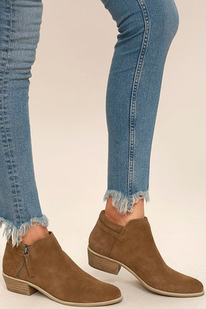 Steve Madden Tobii Cognac Suede Leather Ankle Booties at Lulus.com!