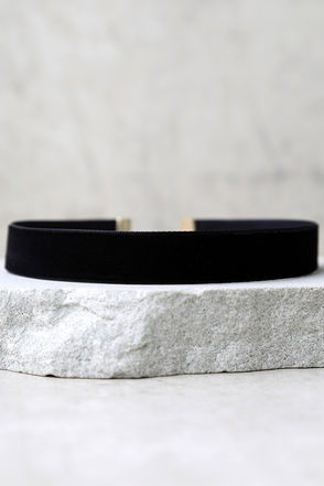 Whimsical Wishes Grey Velvet Choker Necklace at Lulus.com!