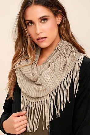 Warm My Heart Blush Infinity Scarf at Lulus.com!