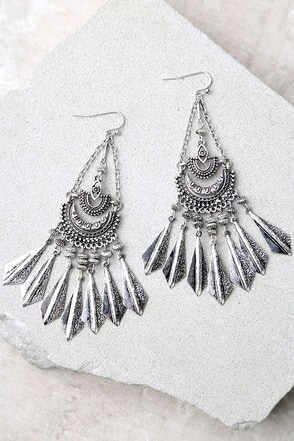 Humming Happily Gold Earrings at Lulus.com!