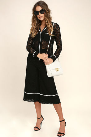 Style Guide Black Lace Culottes 1