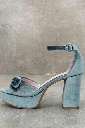 Chinese Laundry Tina Steel Blue Velvet Platform Heels 1