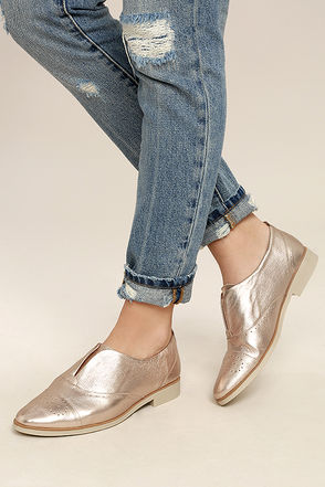 Chelsea Crew Westy Rose Gold Leather Slip-On Oxfords 1