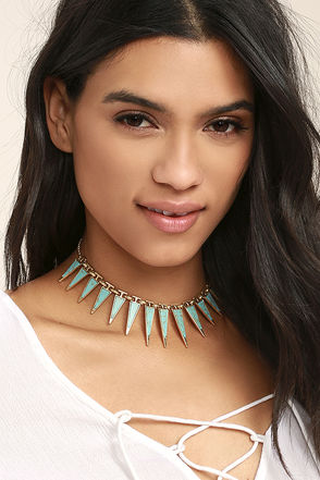 Modern Beginnings Gold and Turquoise Choker Necklace 1