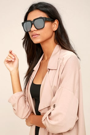 Quay On the Prowl Black and Silver Mirrored Sunglasses 1