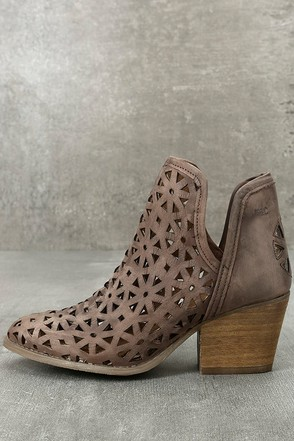 Musse & Cloud Athena Dark Brown Leather Cutout Booties 1