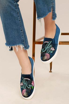 Dirty Laundry Jiana Blue Velvet Embroidered Slip-On Sneakers 1