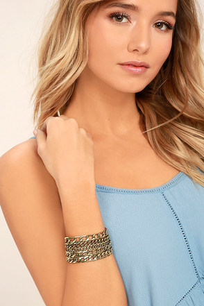 Dream Sequence Gold Chain Bracelet 1