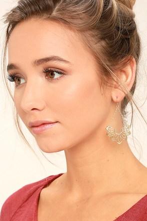 Flourish Gold Earrings 1