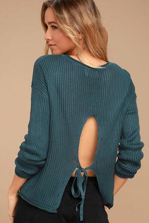 Olive & Oak Bali Slate Blue Sweater 1