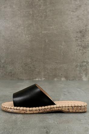 Report Farrel Black Slide Sandals 1