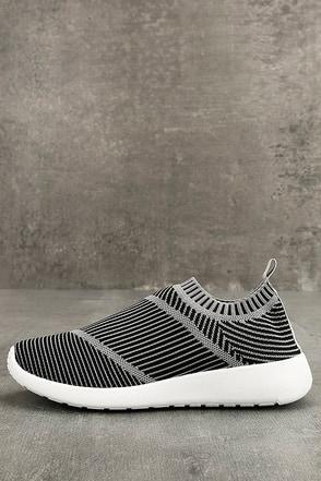 Narmada Grey Knit Slip-On Sneakers 1