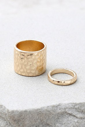 Helena Hammered Gold Ring Set 1