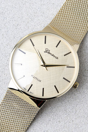 Time to Trend Gold Watch 1