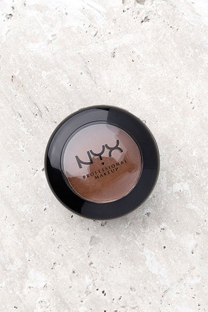 NYX Dance the Tides Nude Matte Shadow 1