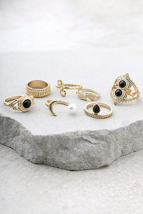 Mystic Beauty Gold Ring Set 1
