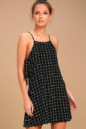 Style Points Black Grid Print Swing Dress 1