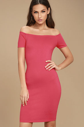 Me Oh My Fuchsia Off-the-Shoulder Bodycon Dress 1
