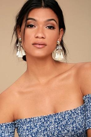 Brilliant Belle Beige and Gold Tassel Earrings 2