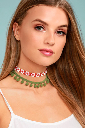 Mabel Red and Green Pom Pom Choker Necklace Set 3