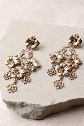 Stunning Gold Earrings Flower Earrings Boho Earrings