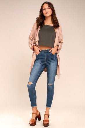 High-Waisted Shorts, Jeans, Pants, and Skirts at Lulus.com
