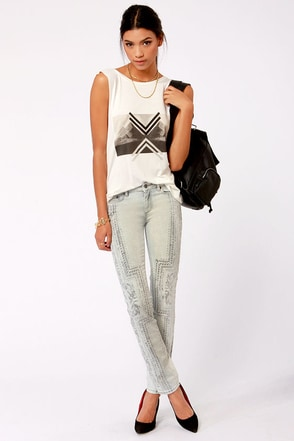 Insight Beanpole Art Light Wash Print Skinny Jeans at Lulus.com!