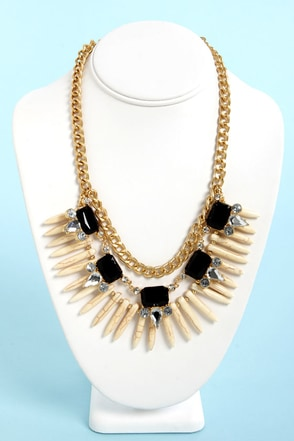 Trinket Belle Black and Ivory Statement Necklace
