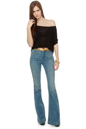 Dittos Amy Light Wash High-Rise Flare Jeans at Lulus.com!