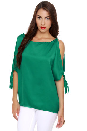 Fan-Tassle Teal Top