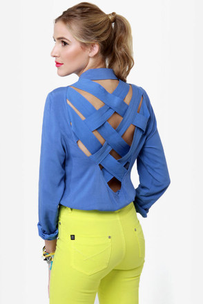 Cute As a Button-Up Backless Blue Top