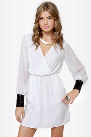 Cuff\\\\\\\\\\\\\\\\\\\\\\\\\\\\\\\'n Up Ivory Sequin Dress