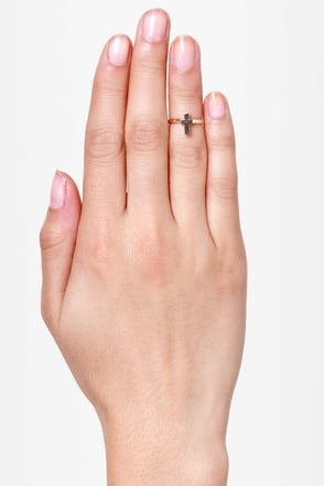 At Any Cross-t Gold Knuckle Ring