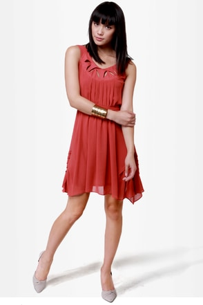 Pleat Smarts Brick Red Dress