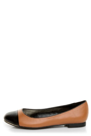Bamboo Mansion 15 Chestnut Brown and Black Cap-Toe Flats