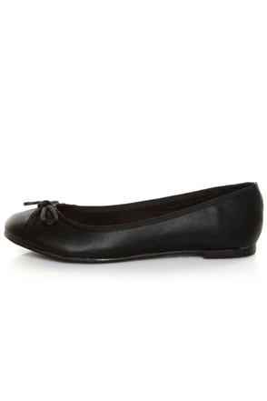 CL by Laundry Get Down Super Soft Black Ballet Flats