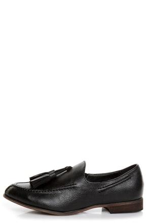 Oxy 4 Black Slip-On Tassel Loafers