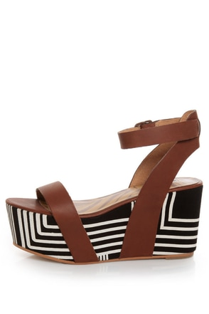 Matiko Lyon Brown with Black and White Print Flatform Sandals