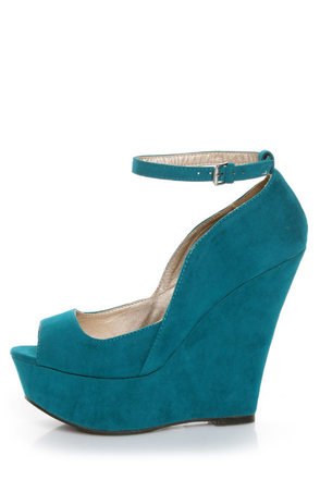 Qupid Finder 69 Teal Velvet Sculpted Peep Toe Platform Wedges