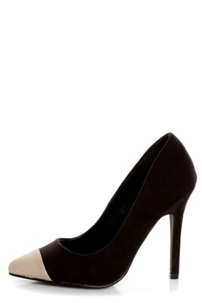 Qupid Potion 05 Black and Beige Cap-Toe Pointed Pumps
