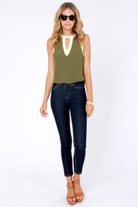 Take a Peek Olive Green and Cream Sleeveless Top at Lulus.com!