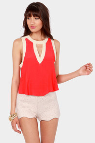 Take a Peek Coral and Cream Sleeveless Top at Lulus.com!