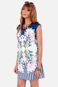 At Your Mirror-cy Blue Floral Print Dress at Lulus.com!