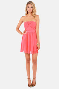 Cute the Breeze Strapless Coral Dress at Lulus.com!